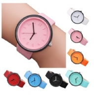 Unisex Simple Fashion Number Watches Quartz Canvas Belt Wrist Watch Mangose