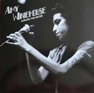 DISCO DE VINIL NOVO - AMY WINEHOUSE - ACROSS THE WATER LP