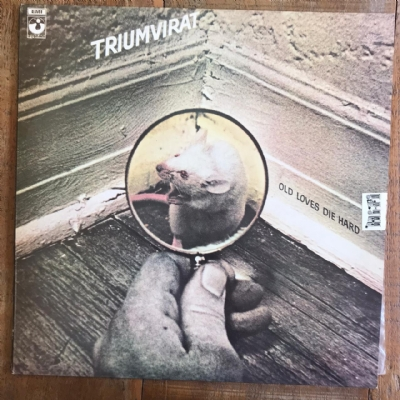 Disco de vinil usado - New Triumvirat - Old Loves Die Hard Lp