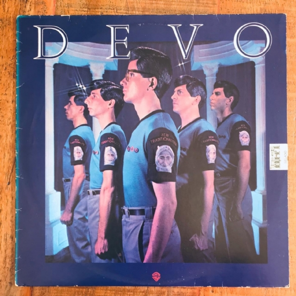 Disco De Vinil Usado - Devo - New traditionalists Lp