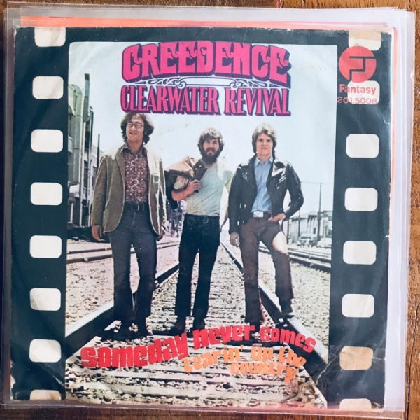 Single De Vinil Usado - Creedence Clearwater Revival - Someday Never Comes / Tearin´ Up The Country