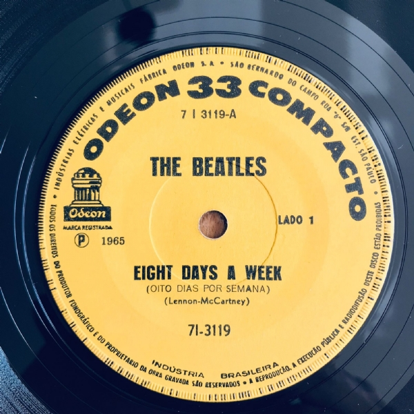 Single De Vinil Usado - The Beatles - Eight Days A Week / Rock And Roll Music IMG-2107954